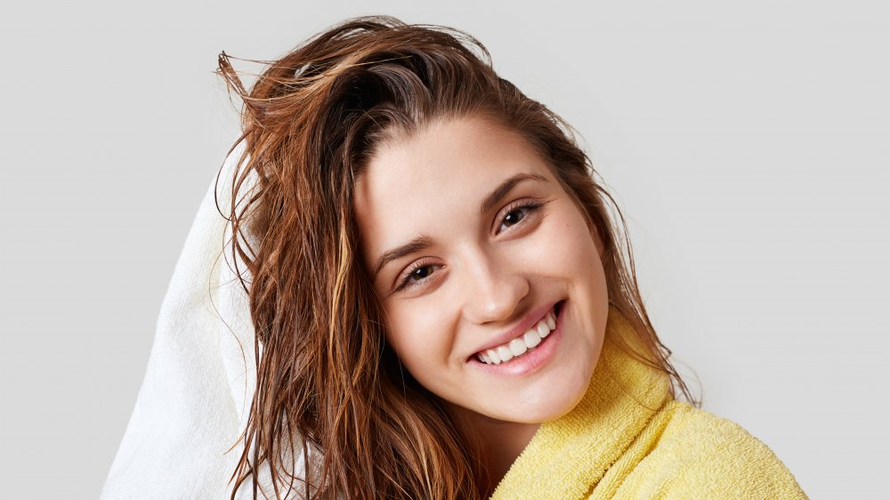 Never go out in the cold with wet hair. Here's why
